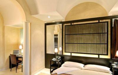 Art_Hotel_Novecento-Bologna-Room-3-376500.jpg