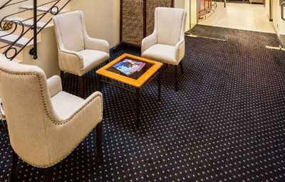 Hall de l'hôtel QUEST SAVOY SERVICED APTS