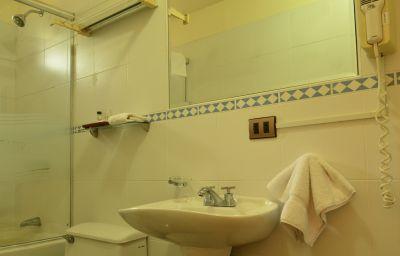 Basadre_Suites_Boutique_Hotel-Lima-Bathroom-380283.jpg