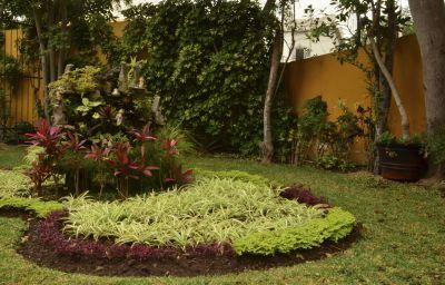 Basadre_Suites_Boutique_Hotel-Lima-Garden-1-380283.jpg