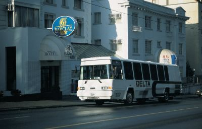 BARCLAY_HOTEL-Vancouver-Exterior_view-381204.jpg