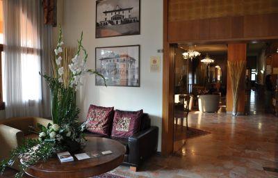 Hall de l'hôtel Hermitage