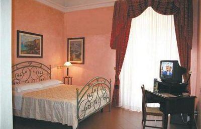 Joli-Palermo-Room-7-386515.jpg