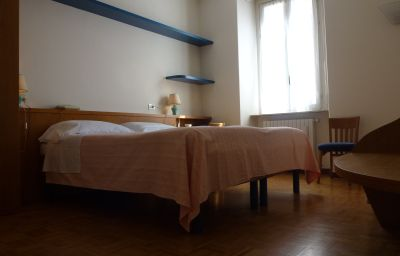 Tre_Re_Albergo_Ristorante-Como-Double_room_standard-5-387071.jpg