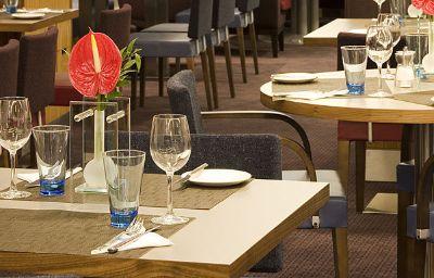 Novotel_Reading_Centre-Reading-Restaurantbreakfast_room-8-388572.jpg
