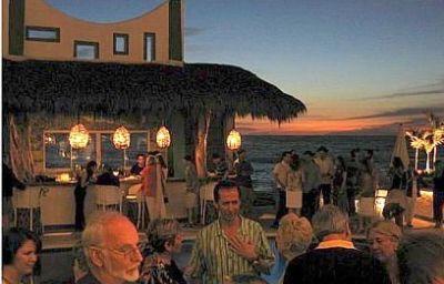 PLAYA_FIESTA_HOTEL-Puerto_Vallarta-Hotel_bar-388760.jpg