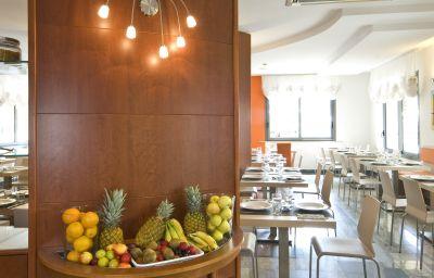 Estense-Bellaria-Restaurant-2-389954.jpg