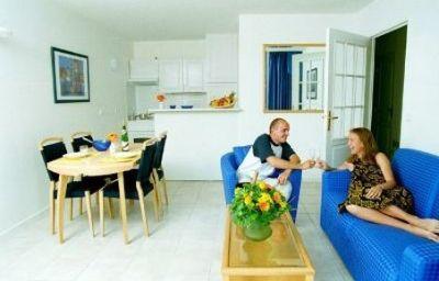 Biarritz_Ocean_Residence_Hoteliere-Biarritz-Exterior_view-7-390076.jpg
