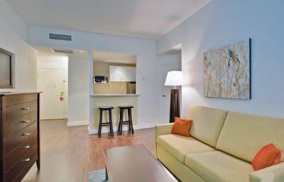 Hotel_Indigo_OTTAWA_DOWNTOWN_CITY_CENTRE-Ottawa-Suite-8-390220.jpg