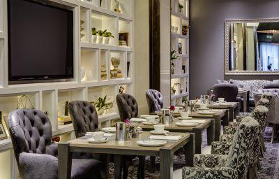 African_Pride_Melrose_Arch_Sandton-Johannesburg-Restaurant-2-390661.jpg