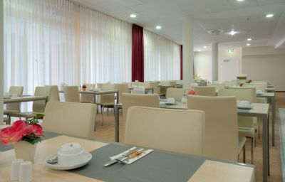Breakfast room Best Western Berlin Mitte Berlin