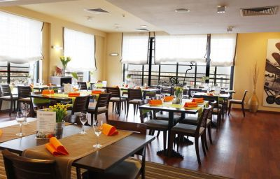 Park_Hotel_Diament-Katowice-Hall-3-394544.jpg