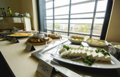 Breakfast buffet Park Hotel Diament