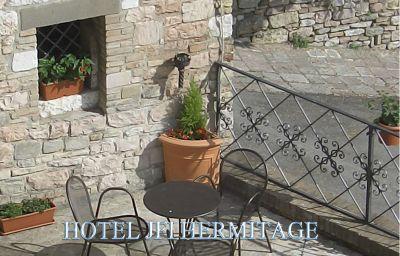JFI_Hermitage-Assisi-Terrace-396859.jpg