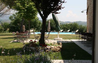 Country_House_Entropia-Todi-Pool-1-397433.jpg
