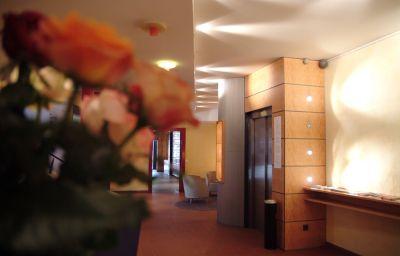 Vestíbulo del hotel Krone Sarnen