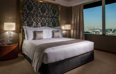 Suite Crowne Plaza DUBAI - FESTIVAL CITY