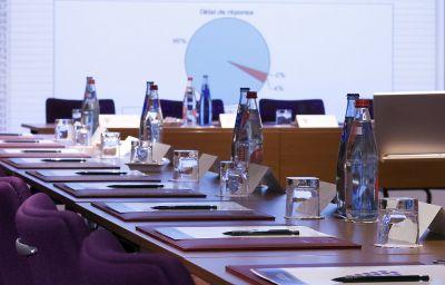 Golf_du_Medoc_Hotel_et_Spa_-_MGallery_Collection-Le_Pian-Medoc-Conference_room-12-398345.jpg