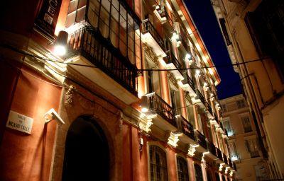 Petit_Palace_Plaza-Malaga-Hotel_outdoor_area-3-398384.jpg