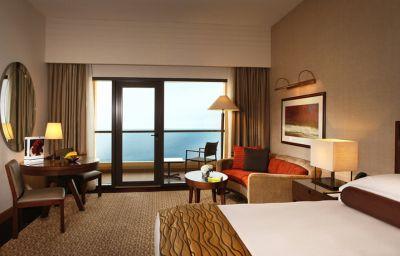 Amwaj_Rotana_Jumeirah_Beach-Dubai-Room-2-398924.jpg
