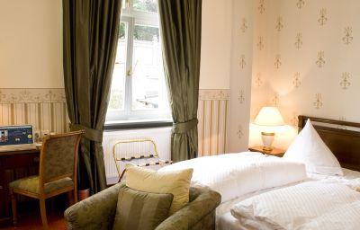 Villa_Monte_Vino-Potsdam-Bathroom-1-399447.jpg