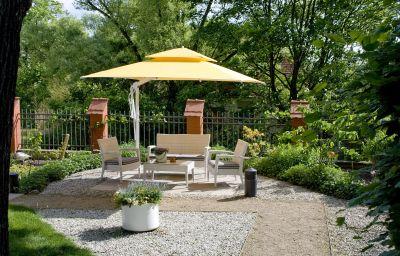 Villa_Monte_Vino-Potsdam-Garden-3-399447.jpg