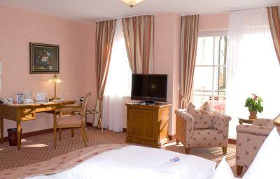 Villa_Monte_Vino-Potsdam-Room_with_balcony-399447.jpg