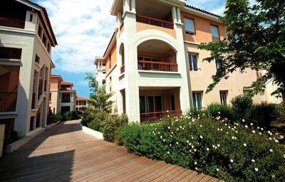Vista exterior mmv Resort