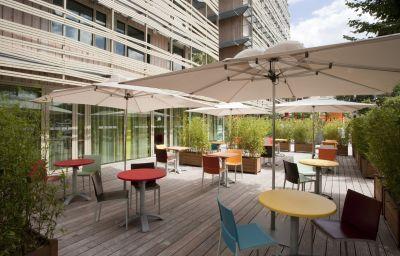 Hotel bar Holiday Inn Express PARIS - CANAL DE LA VILLETTE