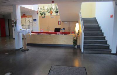 Interior del hotel Com.Inn