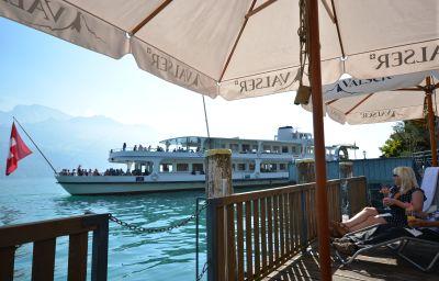 Seehotel_Riviera-Gersau-Pool-402285.jpg