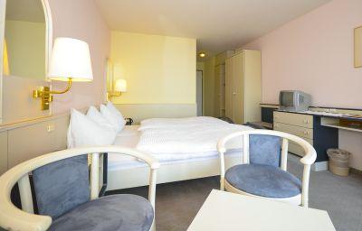 Double room (standard) Seehotel Riviera