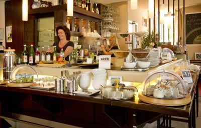 Breakfast buffet Lava Inn