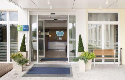 Exterior view Holiday Inn Express MUNICH AIRPORT