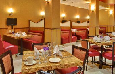 Holiday_Inn_Hotel_Suites_BAKERSFIELD-Bakersfield-Restaurant-10-404606.jpg