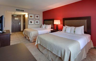 Holiday_Inn_Hotel_Suites_BAKERSFIELD-Bakersfield-Standardzimmer-25-404606.jpg