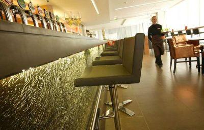 Hilton_Dublin_Kilmainham-Dublin-Restaurant-5-404653.jpg