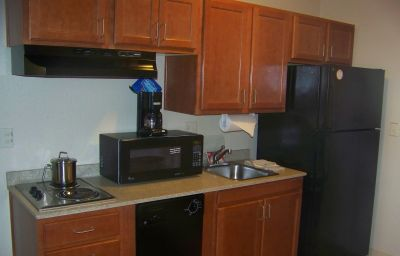 Candlewood_Suites_BOISE_-_TOWNE_SQUARE-Boise_City-Room-31-406832.jpg