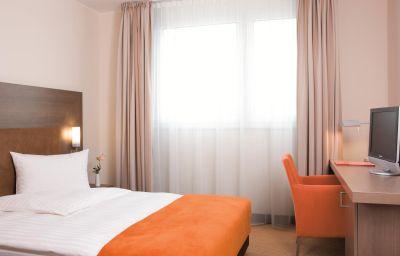 Double room (standard) InterCityHotel