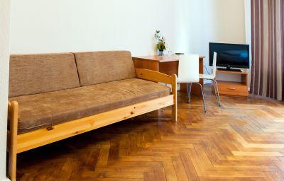 Elegia_am_Kurfuerstendamm-Berlin-Double_room_superior-5-407587.jpg