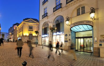 Pommeraye_Citotel-Nantes-Exterior_view-1-407658.jpg