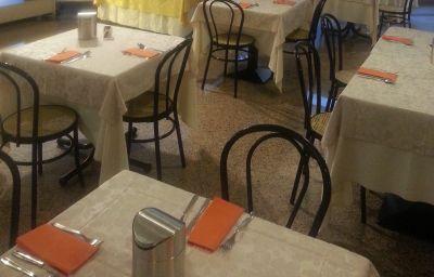 Sala śniadaniowa Alfieri