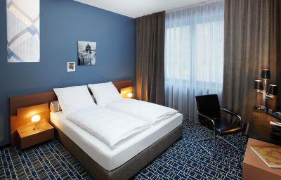 25hours_by_Levis-Frankfurt_am_Main-Standard_room-7-409198.jpg