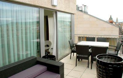 Terrace Bliss Hotel & Residence****