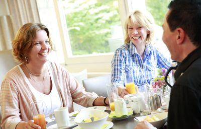 Flussbett_-_Hotel-Guetersloh-Restaurantbreakfast_room-412298.jpg