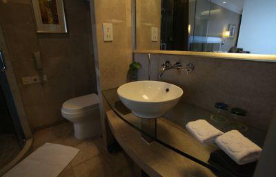 Bathroom Marco Polo Wuhan