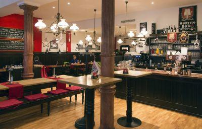 Restaurant 2 VI VADI HOTEL downtown munich