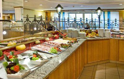 Bufet de desayuno IBB Hotel Passau City Centre