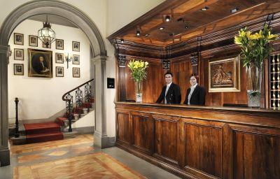 Hall de l'hôtel Helvetia & Bristol