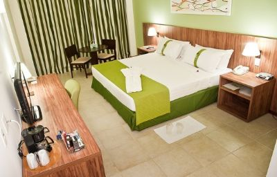 Holiday_Inn_MANAUS-Manaus-Suite-4-417092.jpg